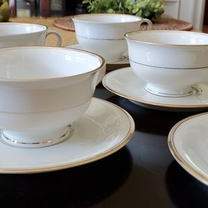 Vintage Dining - Vintage Chateau China from Czechoslovakia